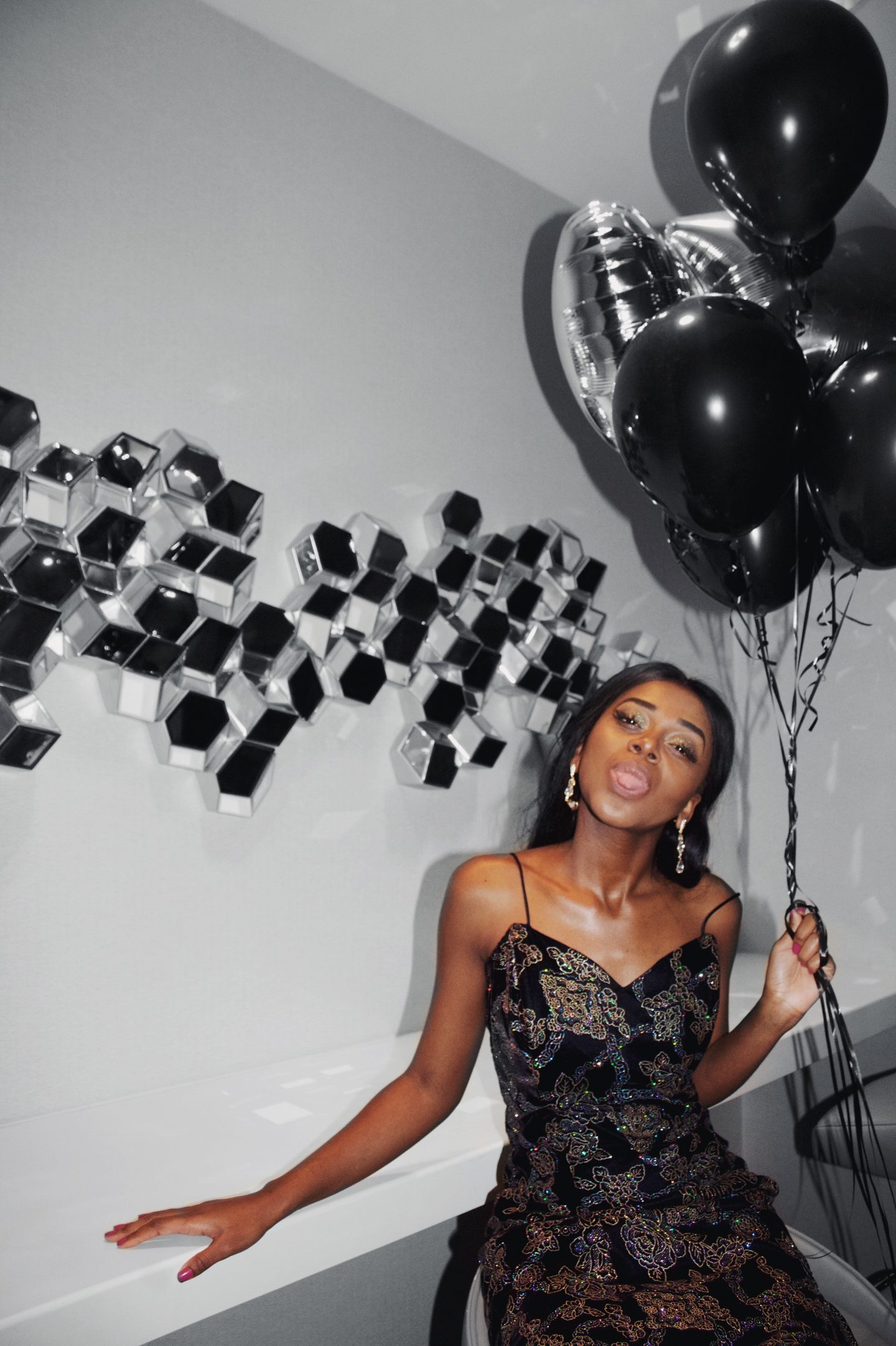 birthday photoshoot, 20th birthday, glitter dress, ballons